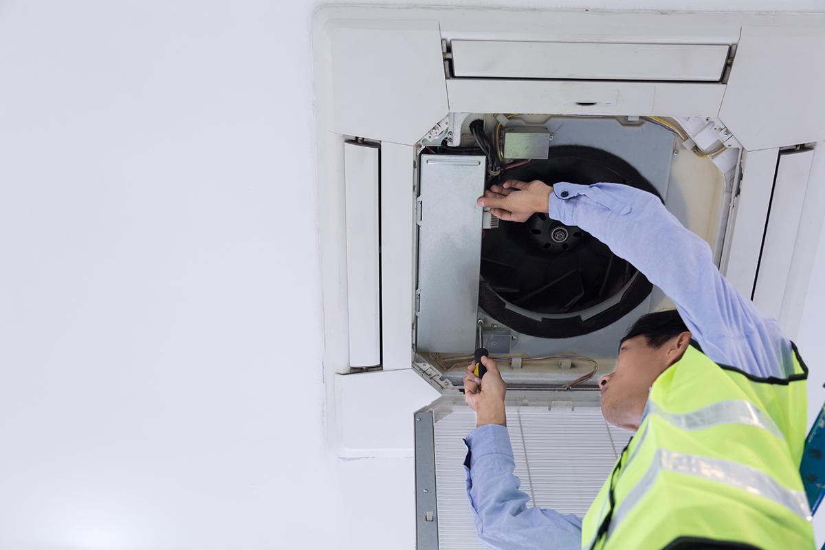 checking-air-vents